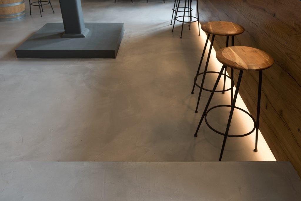 bar mit beton ciré boden by raumkonzept in nordrhein westfalen