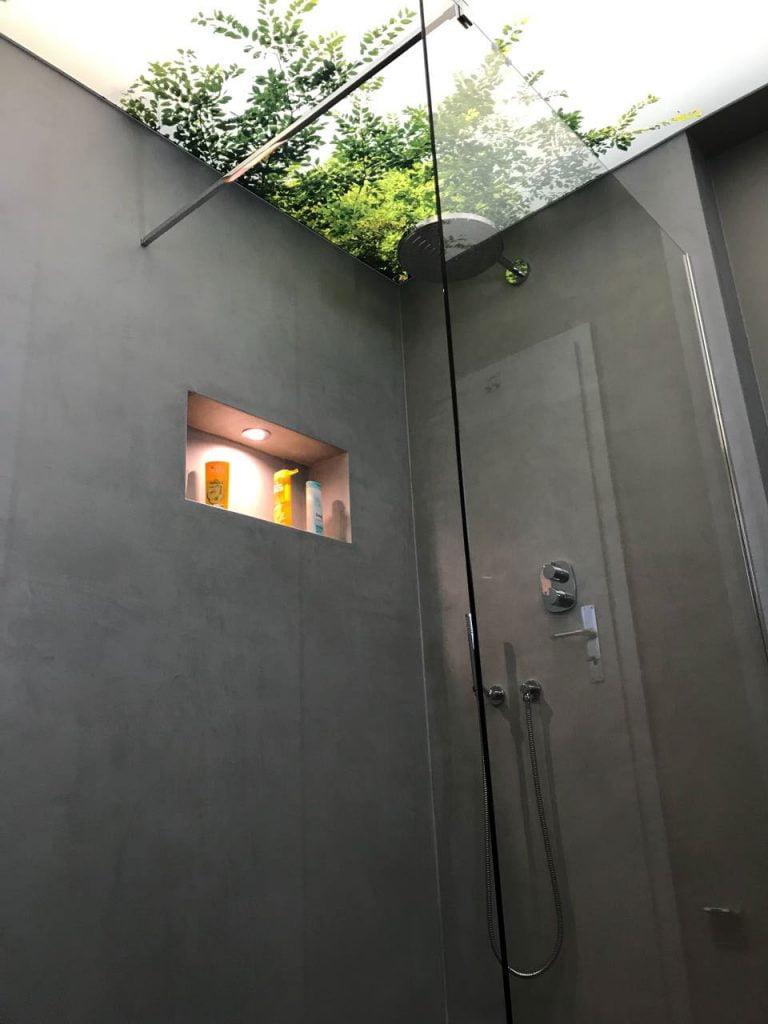 dusche-mit-bedruckter-spanndecke bonn