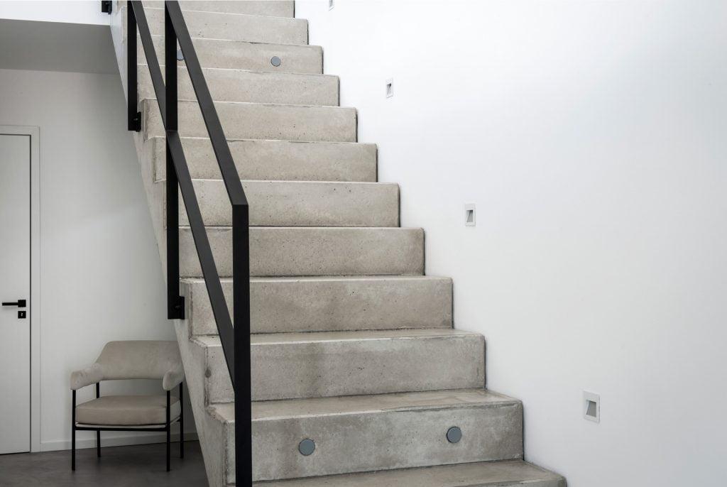 loft-design-treppe-modern-beton
